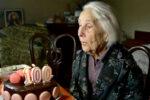 The Secret to Centenarians' Long Lives Lies In Their Guts